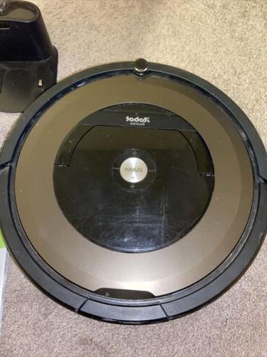 iRobot 890 Vacuum Cleaner + Virtual Box